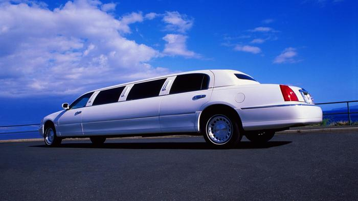 Limousine services in Dubai