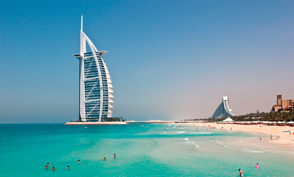 Why dubai is one of the best holiday destintions for Top christmas travel destinations