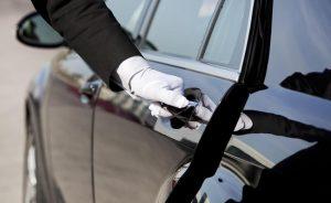 Airport chauffeur service in Dubai